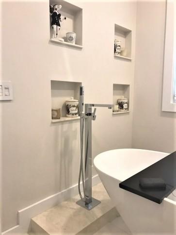 Piatti 51001 Square Freestanding Tub Filler